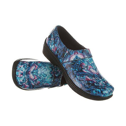 Klogs Footwear Mission Shell Patent Clog