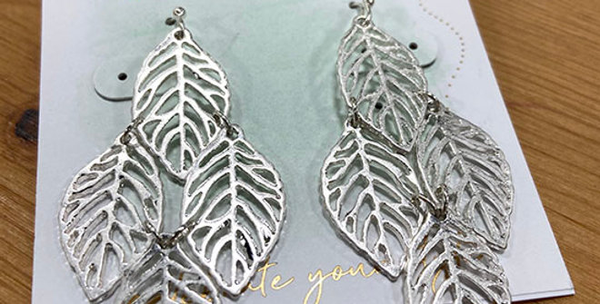 Periwinkle Silver Leaves Earrings