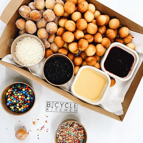 Medium Doughnut Party Box