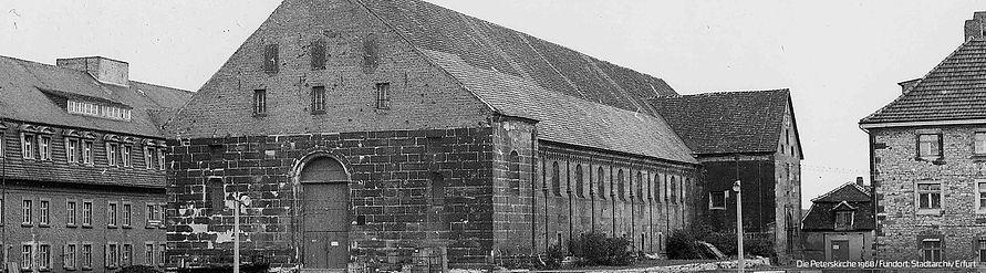 Banner_Peterskirche1968.jpg