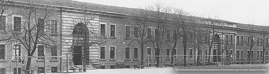 Banner_Defensionskaserne1912.jpg