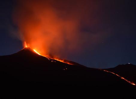 旅行中遇火山爆發 哪些保險有理賠?