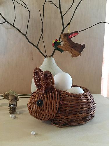 Straw Hare basket