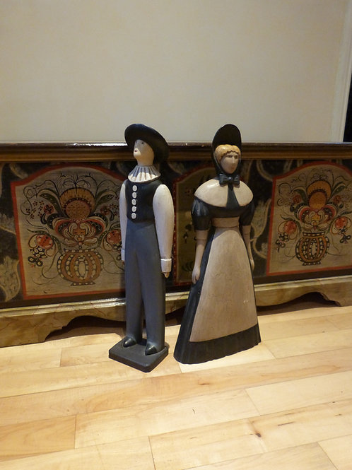 A Pair of carved wooden Pennsylvania Dutch figures