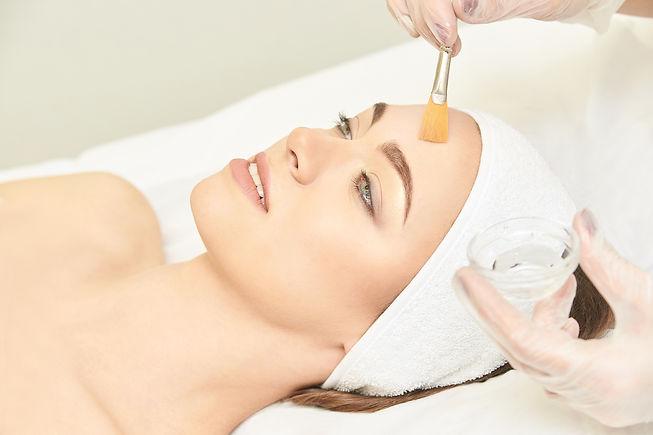 Facial brush peel retinol treatment. Bea