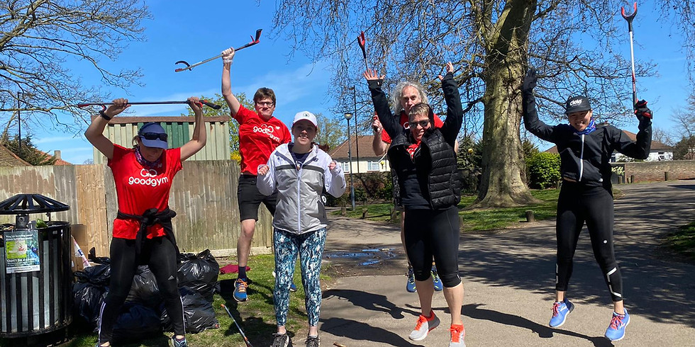 Litter pick with Parkrun and Good Gym