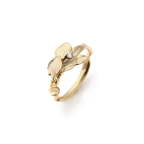 WIND CHIMES I Diamond Ring