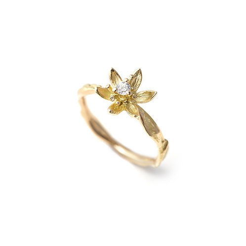 DIAMOND FLOWER Lily Ring