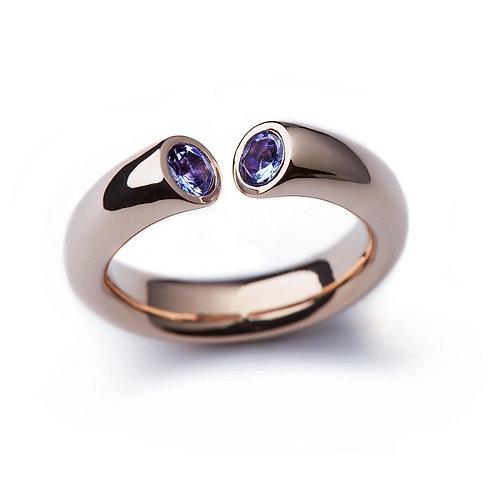Tanzanite and Rose Gold DIALOG Ring
