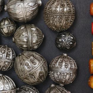 Yemenite beads, Bedouin amber beads