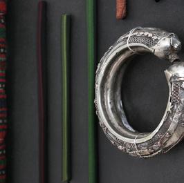 Old Yemenite bracelet and Bedouin rug, Damask weave