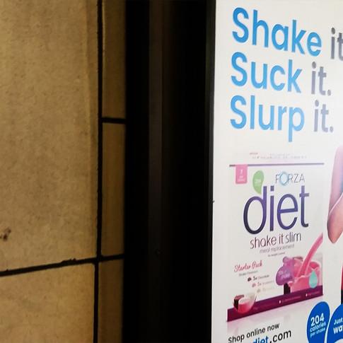 Agítalo, chúpalo, sórbelo / Shake It Suck It Slurp It