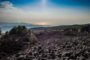 Paesaggi vulcanici, Etna in MTB al Tramonto