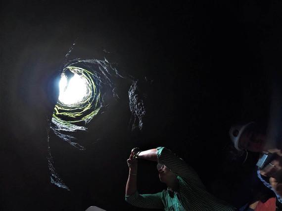 Esplorazione Grotta Vulcanica Etna, Etna Tour