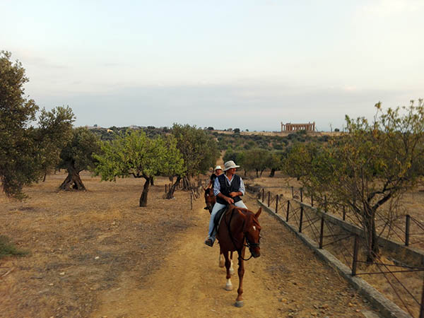 Sicily Horse Riding, Horse Path