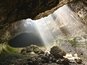 Escursioni MTB Etna, Grotte Unesco