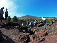 Breve trekking sulla lava, Etna Jeep Tour