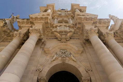 Duomo di Ortigia, Viaggiare in Sicilia