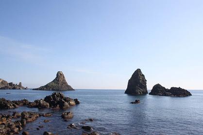 Faraglioni di Acitrezza, Sea Kayak Catania