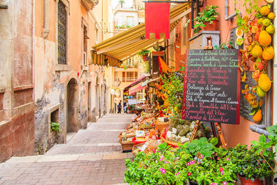 Vicolo, Taormina, Una settima in Sicilia