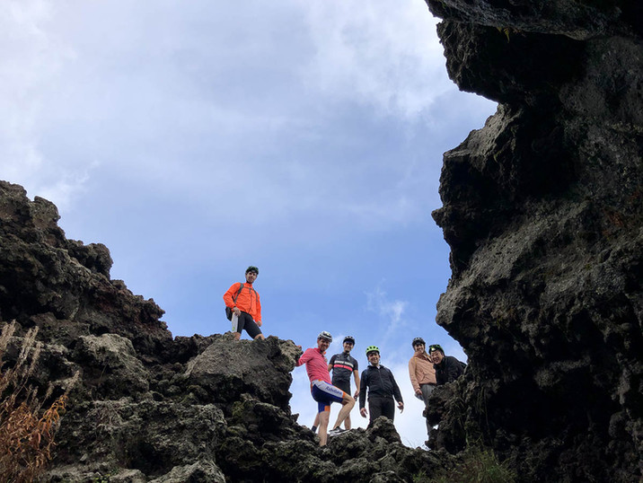 Esplorazione Tubo di Lava, Etna in eBike