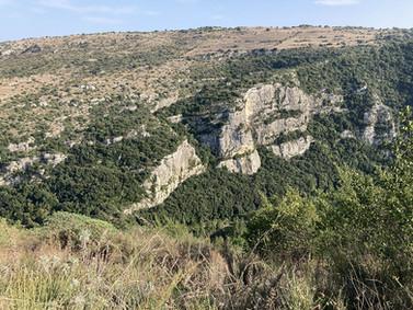 Il sentiero della Necropoli di Pantalica, Sicilia