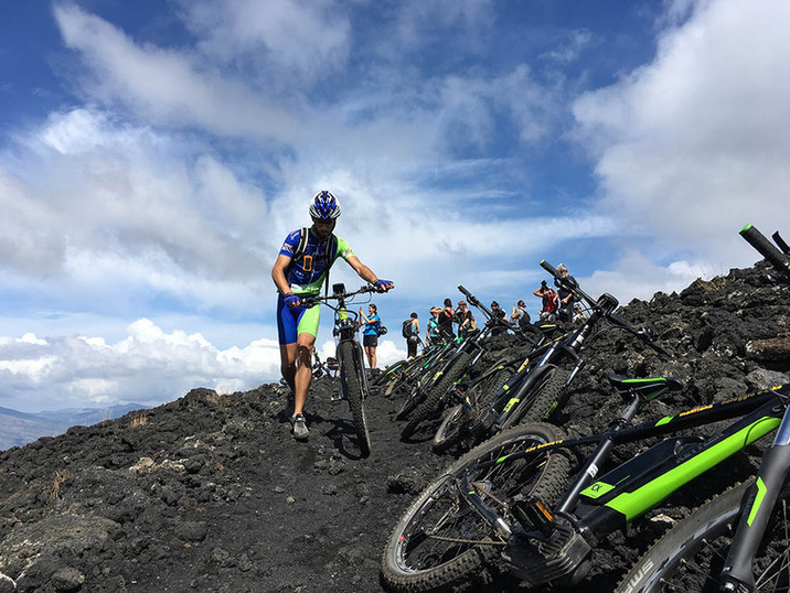 Stop to the craters, Tour Electric Bike