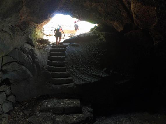 Grotta Vulcanica, Etna Jeep Tour