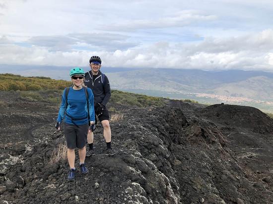 Campo lavico, Escursioni Etna
