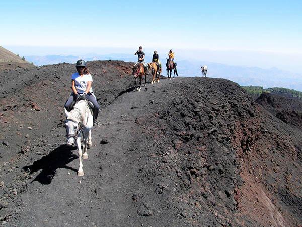 Sicily Horse Riding, Etna Tour