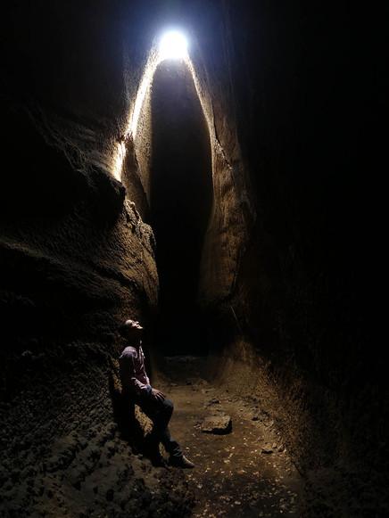 Mount Etna Tours, Cave exploration