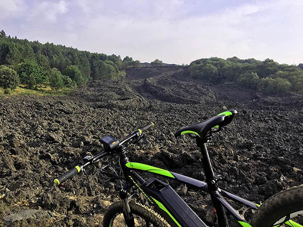 Etna Mountain Bike Tour, Lava flow