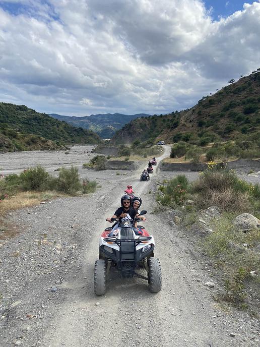 Attraverso il fiume Alcantara, Quad Tour