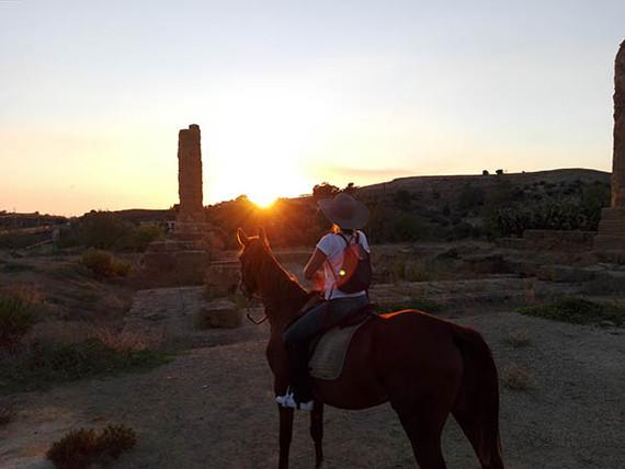 Escursione a Cavallo Valle dei Templi