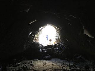 Tubo di Lava, Grotta Vulcanica, Etna in eBike