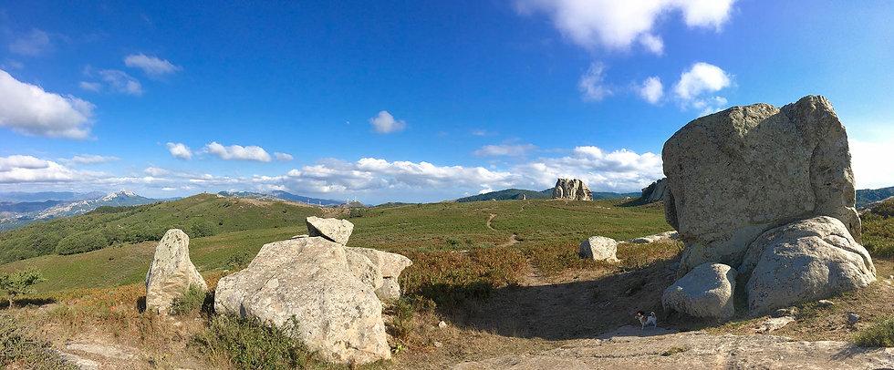 Trekking Malabotta e Megaliti dell'Argimusco