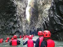 Avventure in Sicilia, Body Rafting