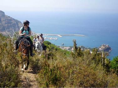 Escursioni a Cavallo Cefalù