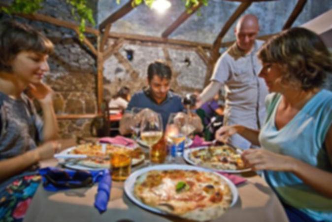 Cosa vedere a Castiglione di Sicilia, Dove Mangiare