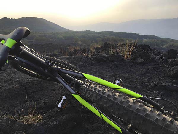 Etna in MTB, Noleggio e-Bike