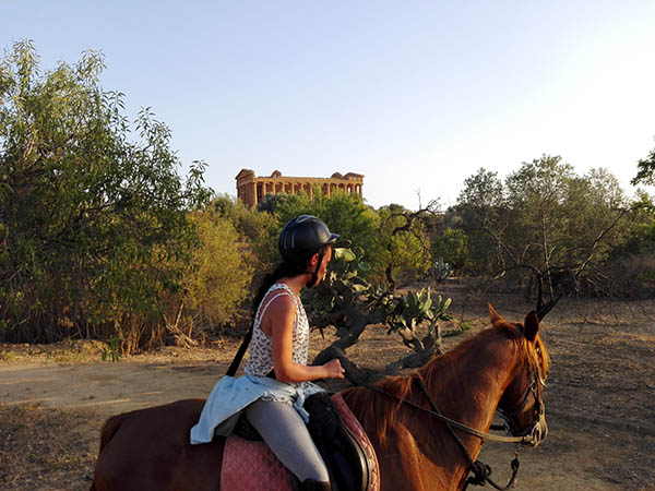 Sicily Horse Riding, Temples