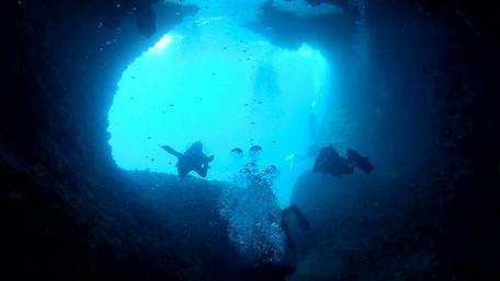 Immersioni in grotta, Catania