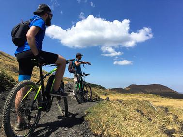 Mountain Bike Etna, Sentieri sulla lava