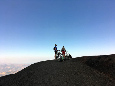 The border of the crater, Etna eBike Tour