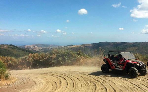 Escursioni in quad Sicilia, Borgo