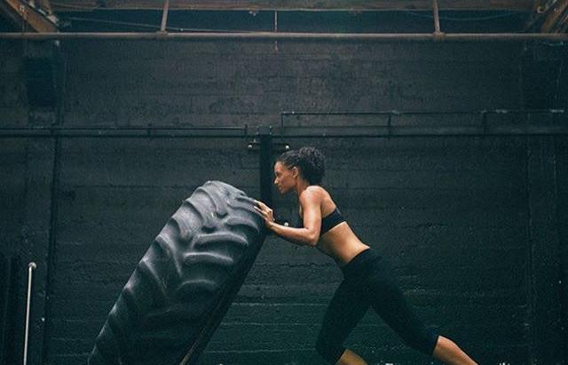 Quatre bonnes raisons de conserver son entraînement au gym l'été