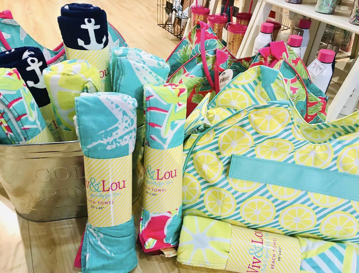 Viv&Lou-Towels in packaging