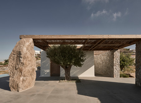 A stone house that unites heritage with contemporary life
