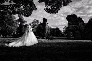 Bride at priory park