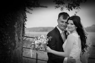 bride & Groom black & White